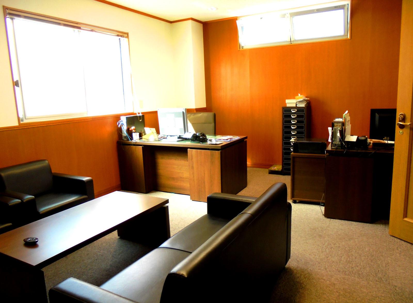平電気工業の会議室